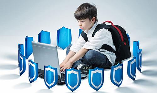 تربیت فرزند و فضای مجازی